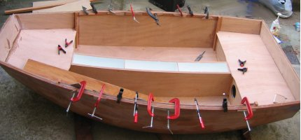 Pram dinghy - fitting the decks
